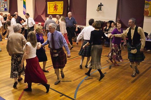 HS-ceilidh-2012-Jan-web-3186